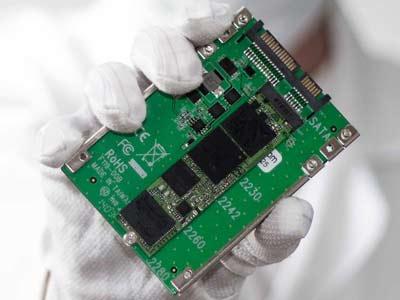 khôi phục dữ liệu ổ cứng SSD